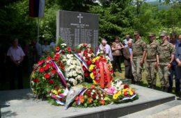 ЗЛОЧИН БЕЗ КАЗНЕ: Брадина- 26 година од злочина над српским цивилима (ВИДЕО)