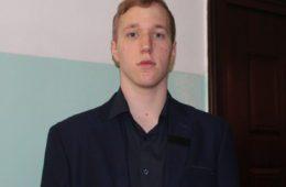 """Иван Самарџић ученик генерације СШЦ.""""Голуб Куреш"""" у Билећи"""