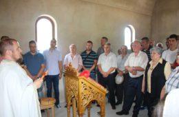 У СЛАВУ СВЕТОГ ЈОАНИКИЈА ЛИПОВЦА: Одржана прва славска литургија у селу Крушевица код Љубиња