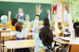 ТВОЈЕ ЗНАЊЕ ЈЕ, ИПАК, ТВОЈЕ ОРУЖЈЕ: Умјесто честитке за почетак школске године