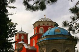 Лука у манастирима или скривена моћ српске историје