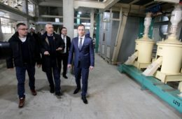 ИНВЕСТИЦИЈА ОД 15 МИЛИОНА ЕВРА: Херцеговачки привредник отворио фабрику за прераду соје у Обреновцу