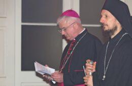 БОГОЈАВЉЕЊЕ У ДУБРОВНИКУ: Владика Димитрије и бискуп Узинић молили се за јединство хришћана (ФОТО)