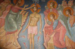 БОГ СЕ ЈАВИ: Данас се плива за Часни крст