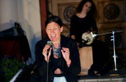 КОНЦЕРТ НИКОЛИНЕ КОВАЧЕВИЋ У БАРАЈЕВУ: Спој љубави према песми, култури и отаџбини! (ФОТО)