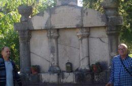 Помозимо обнову споменика страдалничког села Чаваш у Поповом Пољу
