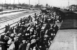 СЈЕЋАЊЕ НА ПРВИ КОНЦЕНТРАЦИОНИ ЛОГОР У ЕВРОПИ: Помен за 45.791 Србина убијена у Добоју