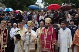 СРБИ ХЕРЦЕГОВЦИ МОЛЕ ПАТРИЈАРХА ИРИНЕЈА: Литијама покажимо саборност и солидарност са браћом у ЦГ