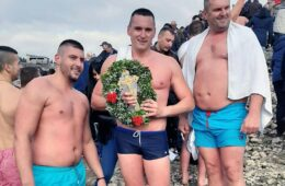 ЗА КРСТ ЧАСНИ: Немања Леро најбржи на Билећком језеру