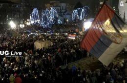 ВРЕМЕ ЈЕ БОЖИЈЕ ПРАВДЕ: Десетине хиљада Београђана на молебану пред Храмом Светог Саве на Врачару (ФОТО+ ВИДЕО)