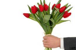 МЕЂУНАРОДНИ ДАН ЖЕНА: Драге даме, желимо вам срећан 8. март