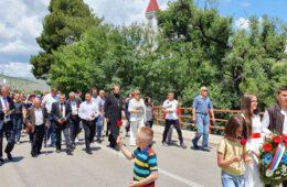 СЈЕЋАЊЕ НА ДАНЕ КАДА ЈЕ ГОРИО МОСТАР: Обиљежено 28 година од егзодуса Срба из долине Неретве