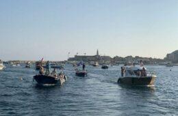 ОДРЖАНА ЛИТИЈА НА МОРУ: Чамцима за одбрану светиња у Црној Гори