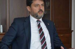 ВЛАДИМИР БОЖОВИЋ: Нову владу Црне Горе да не састављају амбасаде