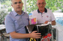 Требињци из Београда поклонили рачунаре за ученике подручне школе у Ластви (ФОТО+ВИДЕО)