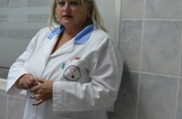 ОДЛАЗАК ХРАБРЕ НЕВЕСИЊКЕ: Од посљедица короне вируса преминула Мирјана Паровић