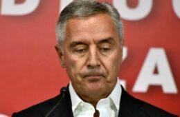 АУТОГОЛ ОЧАЈНИКА: Да ли је непроглашењем закона Мило Ђукановић задао завршни ударац својој деспотској владавини?