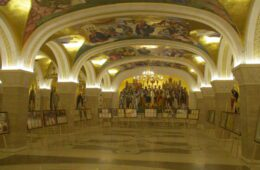 ИЗБОР ПАТРИЈАРХА У КРИПТИ ХРАМА СВЕТОГ САВЕ: Монах Јован извлачи име врховног поглавара СПЦ