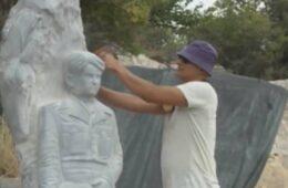 Жељко Алексић херцеговачки камен претвара у умјетничко дјело (ФОТО/ВИДЕО)