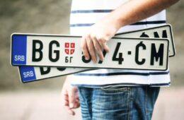 У Конавлима скинуте београдске таблице са шест возила