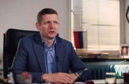 ОГЊЕН МИЛИНКОВИЋ, НАЧЕЛНИК ОПШТИНЕ ГАЦКО: Недопустиво је да пола општинског буџета одлази на плате у администрацији!